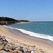 На французском пляже парень захлебнулся в яме, которую сам же выкопал