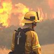 Крупный пожар до сих пор не могут потушить в Калифорнии