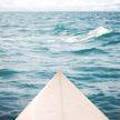 Сёрфера унесло в открытое море в Крыму