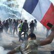 Чем недовольны протестующие во Франции? Репортаж с парижских улиц