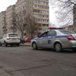 Ребёнок выбежал из-за припаркованного авто и попал под колёса BMW