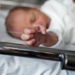 Девочка, родившаяся с коронавирусом, выздоровела через 17 дней сама и без лекарств