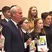 Сегодня в Беларуси продолжился праздничный марафон вручения паспортов