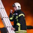 Пять жилых домов загорелись в Мордовии после возгорания сухой травы