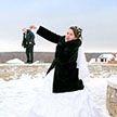 Зимняя свадьба! Очень смешные фотографии «холодного» праздника