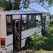 Шесть человек погибли при наезде автобуса на остановку в Свердловской области