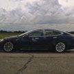 Tesla со спящим водителем попыталась скрыться от полиции