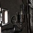 Мужчина с пистолетом угрожал студенткам на улице в Гродно