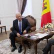 Премьер-министр Головченко обсудил двустороннее сотрудничество с послом Молдовы Сорочаном