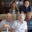 Пара из Великобритании отметила 80-летнюю годовщину свадьбы