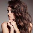 Блогерша показала, как сделать красивую завивку для волос дома. Результат потряс пользователей сети (ВИДЕО)