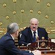 Александр Лукашенко провёл рабочую встречу с госсекретарём Совета Безопасности и главой Администрации Президента