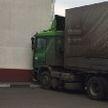 Фура въехала в здание хлебокомбината в Минске