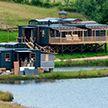 Гай Ричи строит базу отдыха для богатых и знаменитых