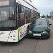 В Гродно столкнулись троллейбус и две легковушки