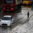 Мощный ливень затопил Стамбул