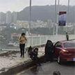 Автобус с пассажирами упал с моста в Китае: есть жертвы