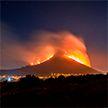 Небывалый лесной пожар угрожает Кейптуану: огонь приближается к жилым кварталам.