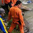 Автобус упал в ущелье в Индонезии: как минимум 24 человека погибли