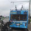 Грузовик столкнулся с троллейбусом в Минске, пострадала 12-летняя пассажирка