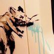 Бэнкси в метро нарисовал граффити с чихающей крысой