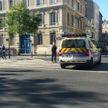 Вооруженный мужчина захватил заложников в банке французского Гавра