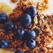 Овсянка на завтрак и прием витаминов: полезные привычки, которые могут навредить здоровью