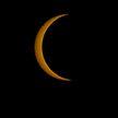 Кольцеобразное солнечное затмение: пользователи соцсетей поделились фото редкого явления