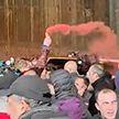 В Грузии очередная ночь протестов закончилась столкновениями с полицией