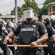 Двое полицейских получили огнестрельные ранения во время протестов в Луисвилле