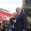 Президент возложил венок к монументу Победы и ответил на вопросы журналистов