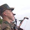 Новобранцы сегодня принесли военную присягу по всей стране