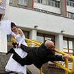 10 свадебных фото, которые поднимут вам настроение на весь день!