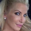 Четыре операции и винты в шее. Американская модель рассказала о последствиях избиения российским боксером Ковалевым