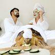 Пара из Калифорнии умиляет публику стильными фото со своей огромной черепахой