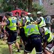 Более 30 человек задержаны после столкновений бездомных с полицией в канадском Торонто
