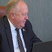 Сенаторы провели прямую телефонную линию с жителями регионов