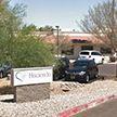 Полиция задержала медбрата в клинике, где родила девушка в коме