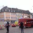 Теракт или несчастный случай? В Германии автомобиль въехал в толпу прохожих