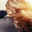 Почему выпадают волосы? Диетолог назвала основные причины