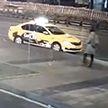 В Москве женщину убило отлетевшим от грузовика колесом (ВИДЕО)