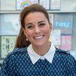 Шелковое платье с белым воротничком: новый образ Кейт Миддлтон восхитил британцев