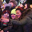 Тысячи белорусов встретили Новый год на улицах городов