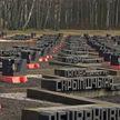В Беларуси проходит неделя памяти сожженных деревень: в «Озаричах» состоялся большой митинг