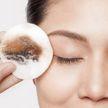 Женщина не смывала косметику на ночь и развела паразитов на лице