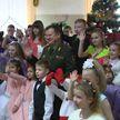 Андрей Равков приехал с подарками в детский дом под Оршей