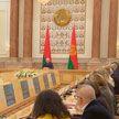 Есть вариант проекта нового Основного закона: Лукашенко встречается с членами Конституционной комиссии