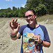 Американка посмотрела видео о том, как искать драгоценные камни, и тут же нашла алмаз