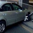 В Минске на Немиге Lada отправила Mazda в ограждение (ВИДЕО)