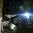 Внедорожник врезался в дерево в Новолукомле, пассажиры авто погибли